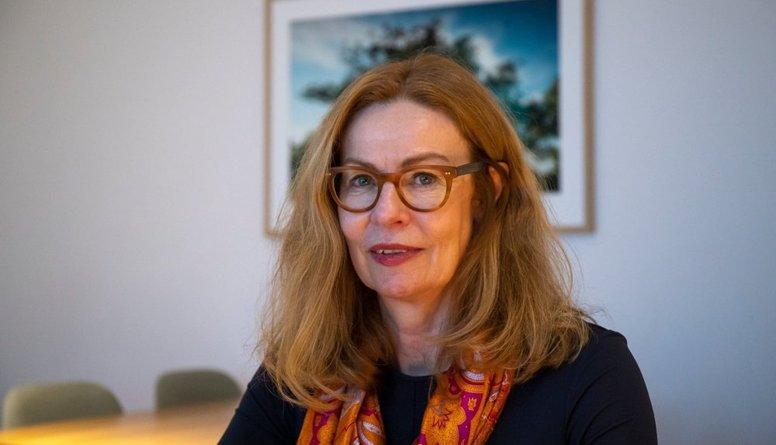 """No amata atbrīvota Zviedrijas bankas """"Swedbank"""" vadītāja"""