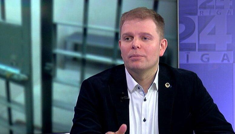 Feldmans: Iekšlietu ministrs nesaprot, kādas varas ir Latvijā