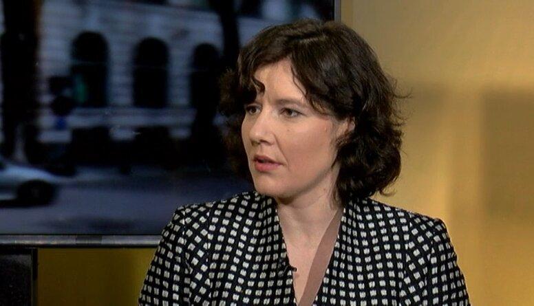 Reizniece-Ozola: Nacionālajās interesēs nav pataisīt Latviju par caurstaigājamu sētu..