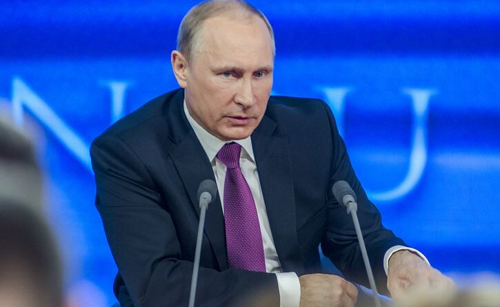 """""""Putins necer uz karu..."""" Politologs par Krievijas spēku pārvietošanu pie Ukrainas robežām"""