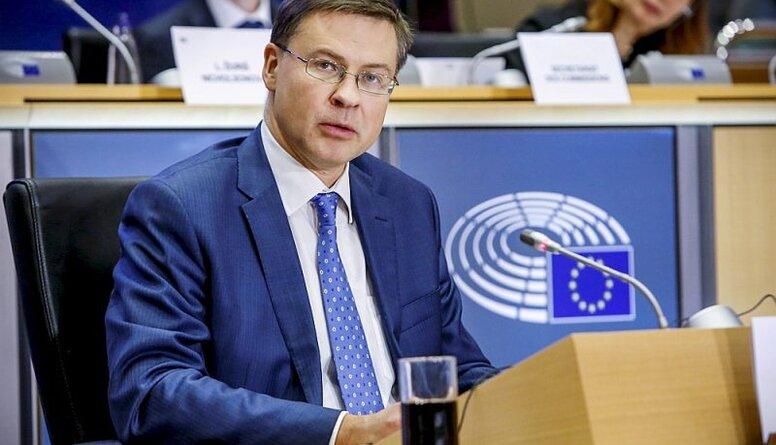 Valda Dombrovska izredzes EK Tirdzniecības komisāra amatam