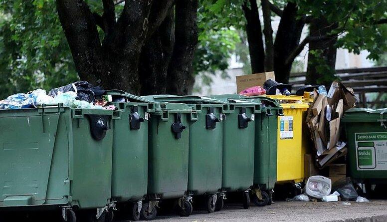 Emsis: Atkritumu apsaimniekotāji jau sen ir veikuši administratīvo reformu