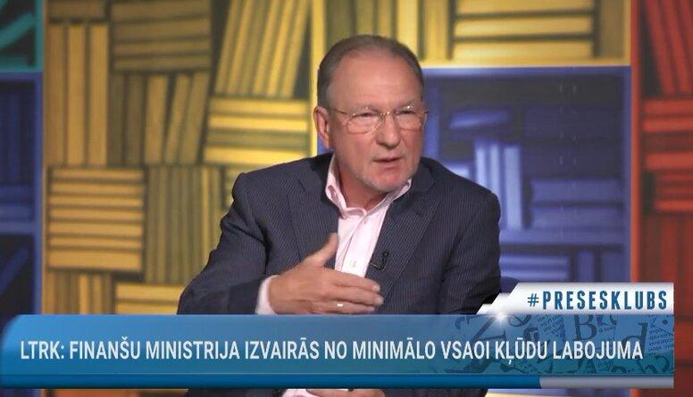 Vai Finanšu ministrija izvairās no minimālo VSAOI kļūdu labojuma?