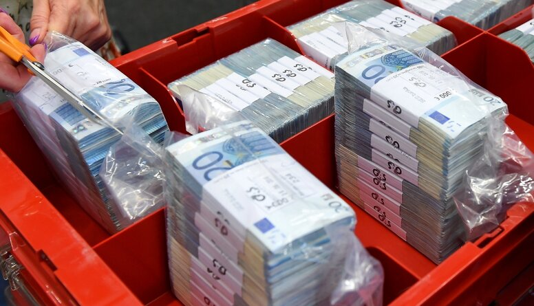 Līdaka: Pašlaik nauda tiek dalīta histēriski. Mēs gatavojamies beigām?