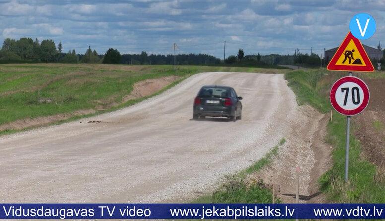 10 autoceļu posmos pārtrauc būvdarbus