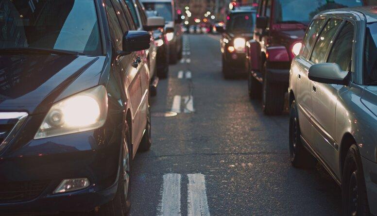 Kulbergs: Latvijā automašīnu skaits uz iedzīvotājiem ir viszemākais Eiropā