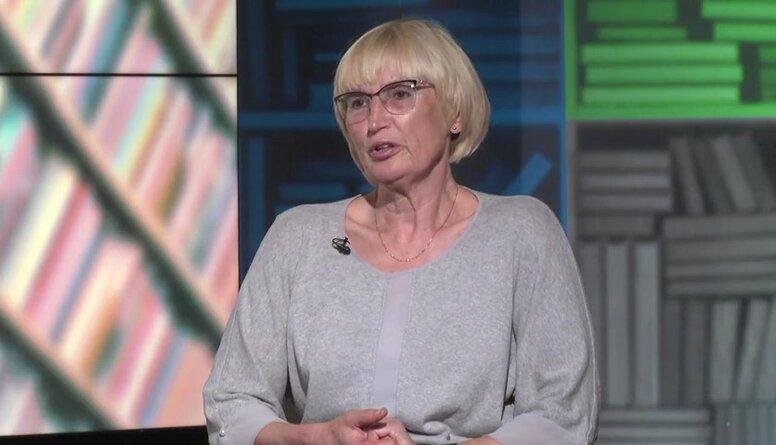 Ingrīda Circene komentē militāro mācību organizāciju