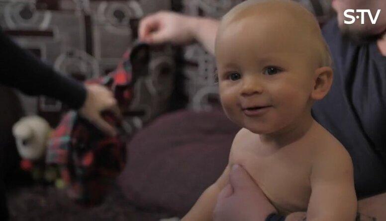 Kādas autiņbiksītes izvēlēties mazulim?