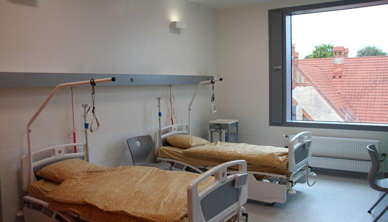 Slimnīcu loma veselības aprūpes sistēmā mazinās, stāsta Rēvalds