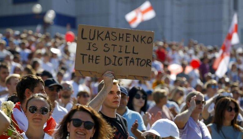 Viedoklis: Valstīm pēc iespējas mazāk jānorāda, kas Baltkrievijai būtu jādara