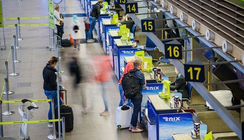 Keris: Ceļotājus vajadzētu iedalīt kategorijās - komandējums vai  tūrisma braucieni