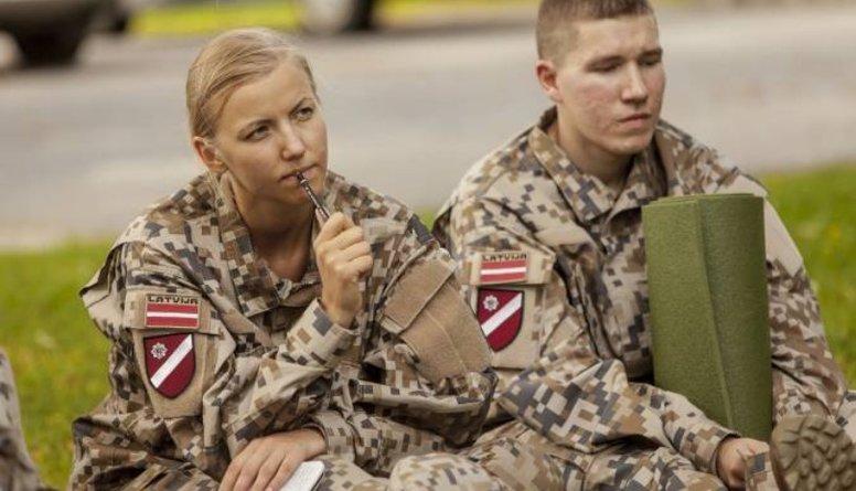 Vai augstskolās jāatjauno militārā mācība?