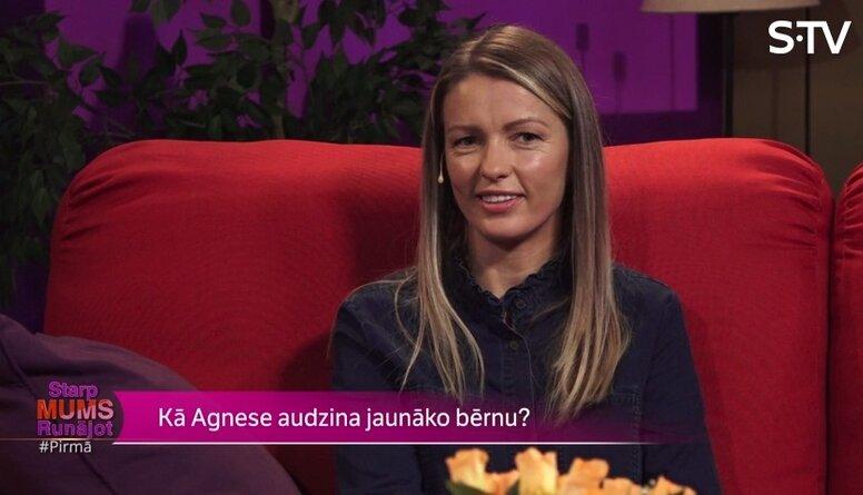 Vai Agnese Kaupere lutina savu jaunāko bērnu?