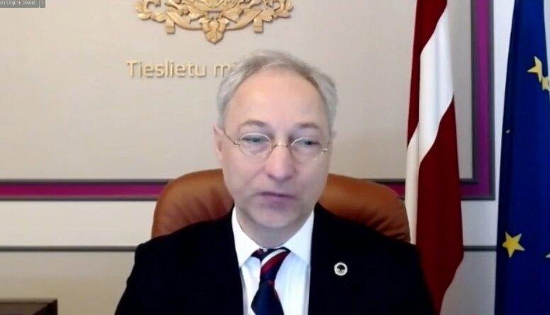 Tieslietu ministrs par juristu kvalifikācijas eksāmena komisijas darbu