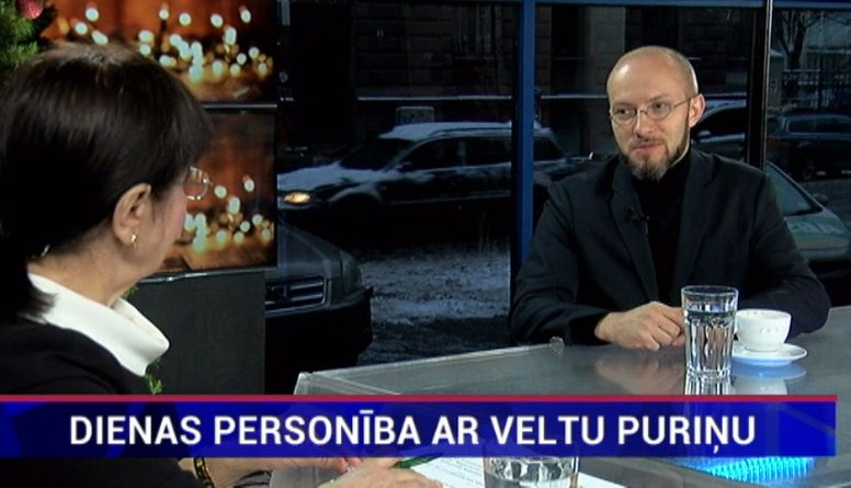 Priesteris:  Ziemassvētkos Dievs atklāj, ka ir ar mums arī nespēkā