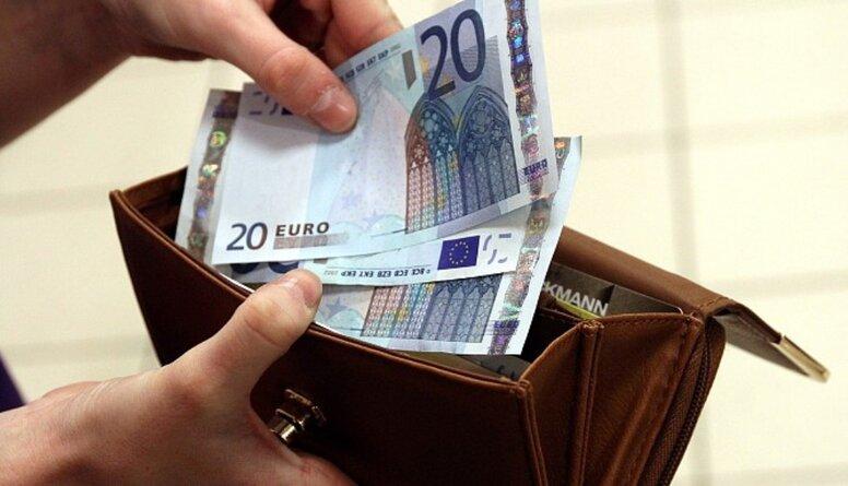 Prognoze: Vidējā bruto darba samaksa 2020. gadā pieaugs līdz 1200 eiro