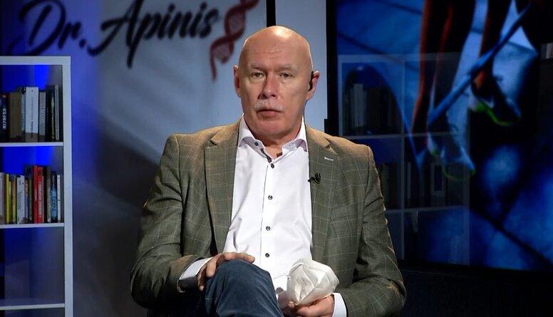 Pēteris Apinis vēršas pie veselības ministra ar aicinājumu vakcinēt Latvijas Olimpisko vienību