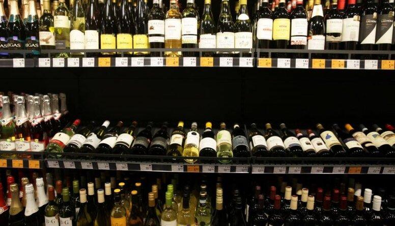 Ošlejs: Ir pienācis laiks paaugstināt akcīzi alkoholam