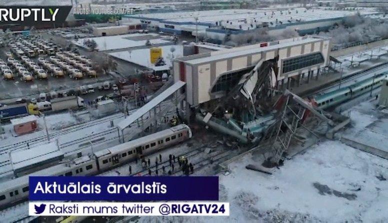Traģiska ātrvilciena avārija Turcijā - vairāki bojāgājušie