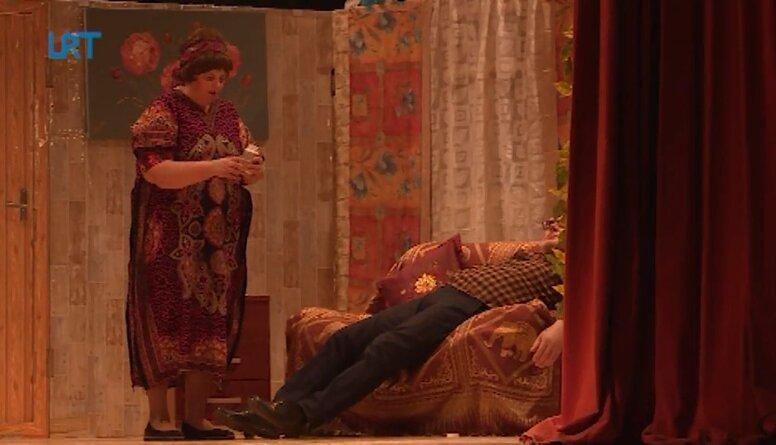 Salnavā tradicionāli gada nogalē notiek teātra izrāde