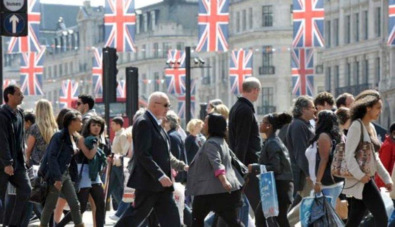Cik lielā mērā Brexit vienošanās mainīs Latvijas pilsoņu tiesības Lielbritānijā?