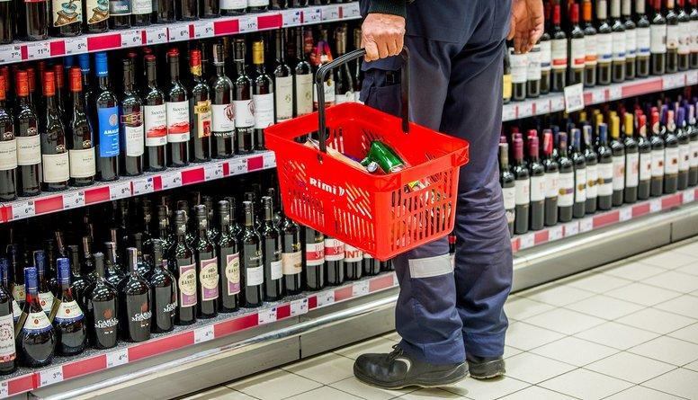 Alkohola tirdzniecība internetā - par vai pret?