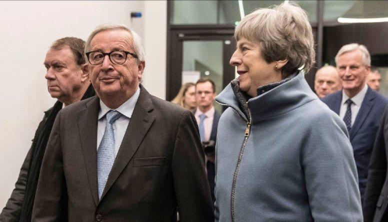 """Meja vienojusies papildināt """"Brexit"""" vienošanos ar īpašu deklarāciju"""
