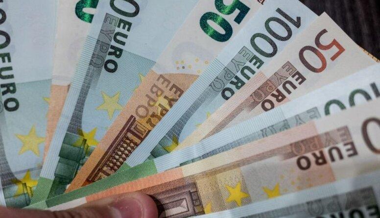 Finanšu eksperts: Prasības dīkstāves pabalstu izmaksām noteikti ir jāpārskata
