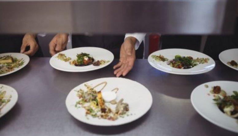 Reirs: Jāpanāk, lai restorānu biznesa pārstāvji iznāk no pelēkā tirgus