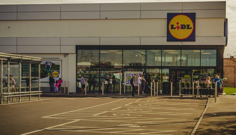 Jautā skatītāja: Kāpēc atšķiras cenas starp LIDL veikaliem Rīgā un Šauļos?