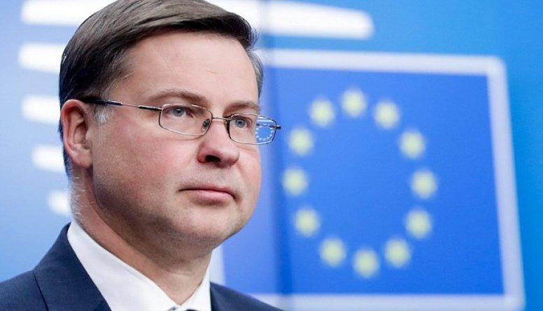 Viedoklis: Dombrovskis nenes nekādu labumu Latvijai