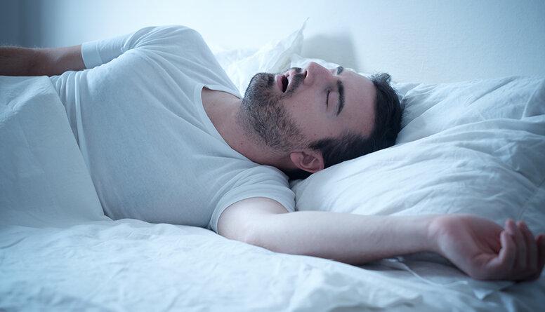 Kas ir obstruktīva miega apnoja?