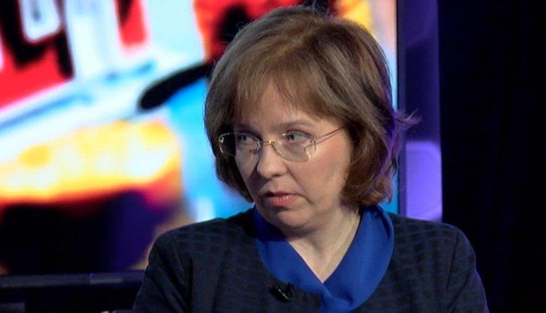 Satraucošs ir Eiropas komisijas spiediens pacelt NĪN, pauž Šķiltere