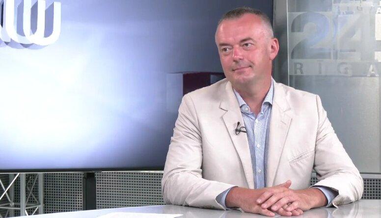 Pēteris Strautiņš: Ļoti pamatoti valstī noteikt noteikumus, lai cilvēkus pasargāt no pašu muļķības