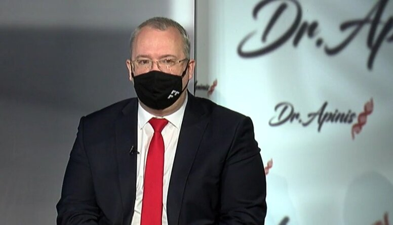 Roberts Šprucs par pavadošo slimību ietekmi uz Covid-19 slimības smaguma pakāpes prognozi