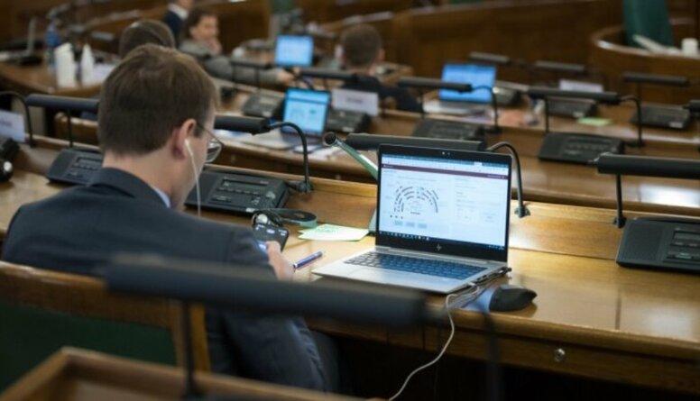Jurašs: e-Saeima ir krīzes risinājums, kuram nevajadzētu kļūt par ikdienu