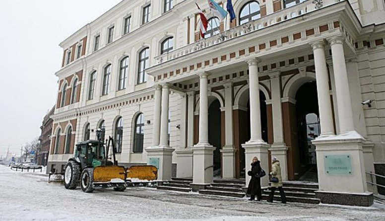 Rīgas domes problēma ir morāles trūkums, pauž Ulmanis
