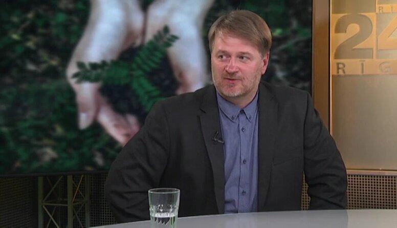Jaunas koka sugas Latvijā. Ievestas vai zinātnieku izveidotas?