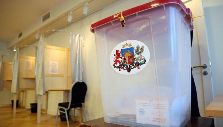 Kūtris: Neapzīmogotās RD vēlēšanu aploksnes ir jāver vaļā un jāskaita pie esošā balsu skaita