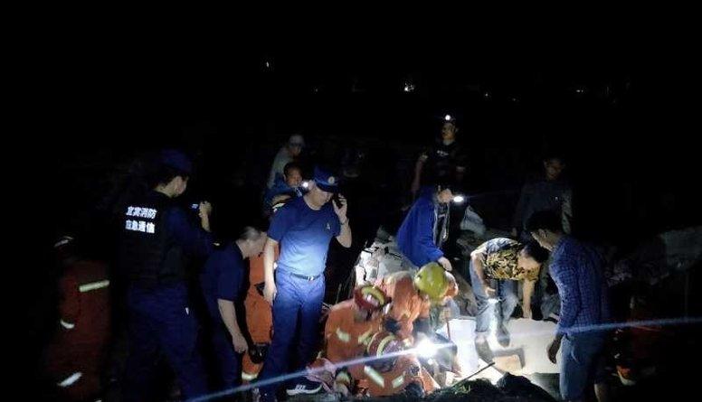 Ķīnas dienvidrietumus satricina zemestrīce - vairāki bojāgājušie