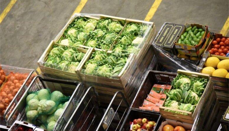 """Rosina """"veco"""" pārtiku bez maksas dalīt turpat uz vietas veikalos"""