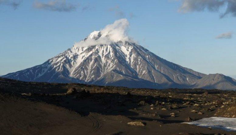 Krievijas austrumos aktivizējies vulkāns - izvirdums varētu būt katastrofāls