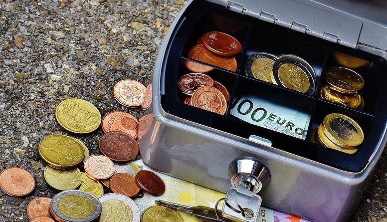 Šmits par budžetu: Tas atgādina 13 ministriju potenciālo tēriņu čeku kopijas