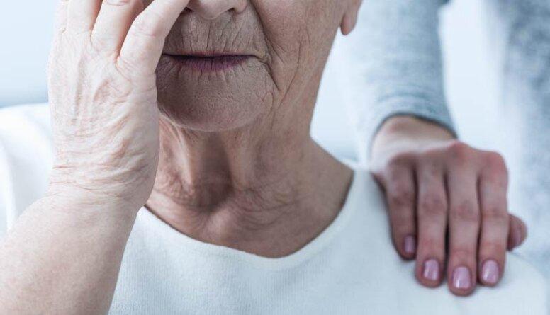 Pirmās pazīmes, kas liecina par Alcheimera slimību