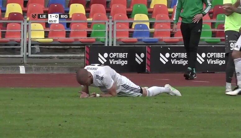 """Čempione """"Riga"""" aizvada pieticīgu spēli un klūp Liepājā"""