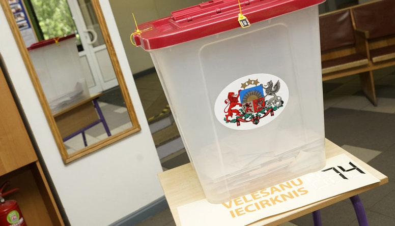 Pirmsvēlēšanu laiks: latviešu sabiedrība ir tik ļoti sašķelta kā nekad agrāk