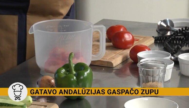 Gatavo Andalūzijas gaspačo zupu