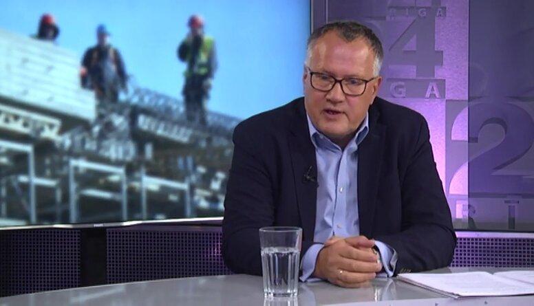 Arvils Ašeradens par piesardzīgo optimismu Latvijas ekonomikas atgūšanā