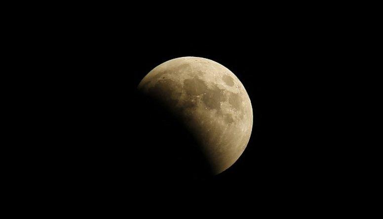 Otrdien debesīs virs Latvijas būs novērojams Supermēness