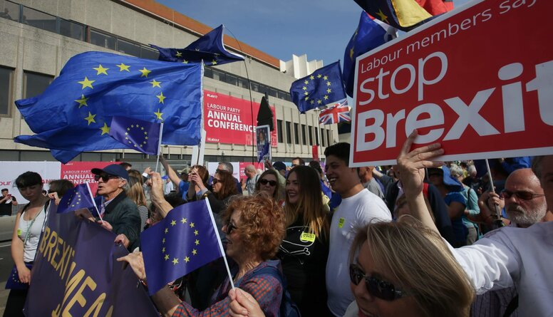 Viedoklis: Pirmsbalsošanas Brexit kampaņa bija ļoti manipulatīva